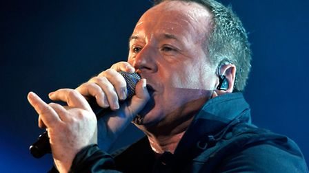 Jim Kerr of Simple Minds performing live