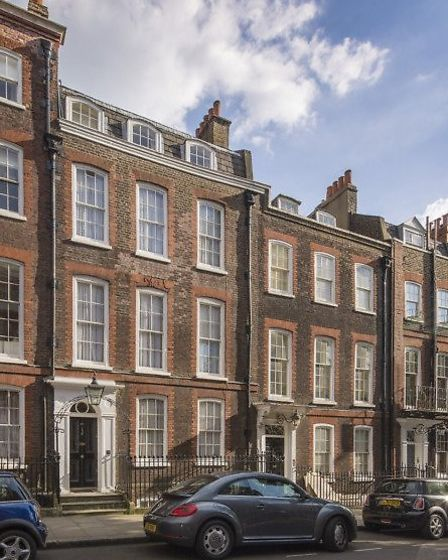 An early 18th century Grade II* listed Queen Anne house in Hampstead