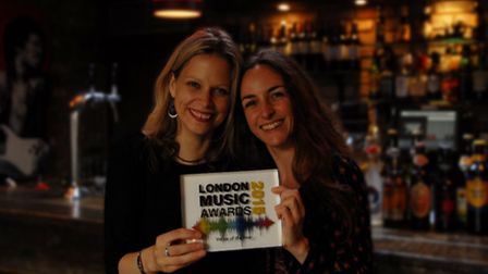 Immy Doman and Risa Tabatznik of Green Note with their award