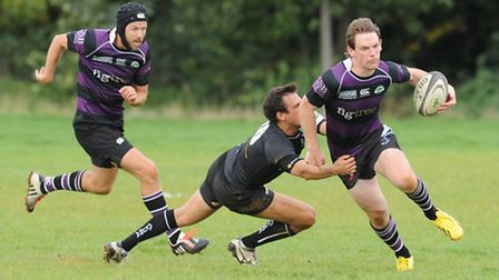 Fly-half Jamie Niven (right) touched down twice for Belsize Park. Pic: Paolo Minoli