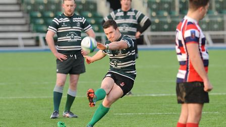 Cian Hynes scored 22 of Hendon's 67 points against Old Isleworthians. Pic: Paolo Minoli