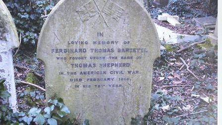 Photograph of Thomas Shepherd's grave in Highgate Cemetery