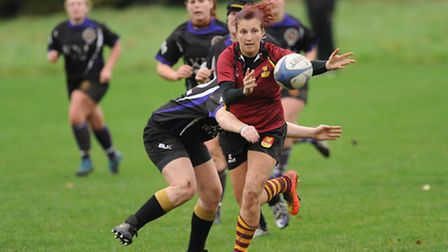 Faye Hamp in action for Hampstead Ladies in their victory over Romford and Gidea Park. Pic: Paolo Mi