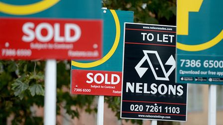 House prices eased back during November and the quarterly rate of growth fell to its lowest level fo