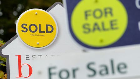 London prime property transactions and prices dropped while lower priced property remained booming d