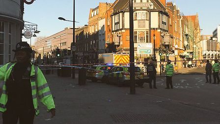 Police closed down Camden Town station for over an hour @ocerx