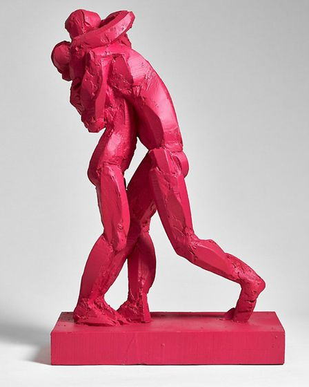 Sophie Dickens' sculpture The Kiss