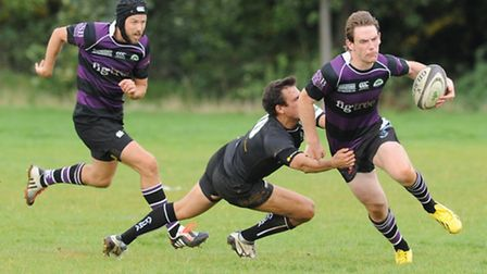 Jamie Niven (right) in action for Belsize Park. Pic: Paolo Minoli