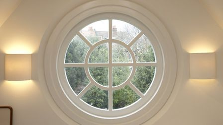 The company can work with even the most complicated window designs