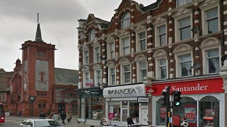 Police are alerting people to criminal activity at the Santander in Muswell Hill