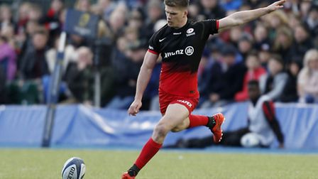 Saracens' Owen Farrell scored with all of his seven kicks at goal on Saturday, contributing 19 point