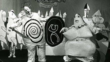 Credit: Kung Ubu, directed by Michael Meschke at the Marionetteater, Stockholm, 1964. Costumes and s