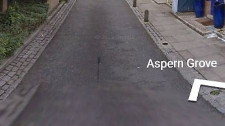 The flasher targeted woman in Aspern Grove