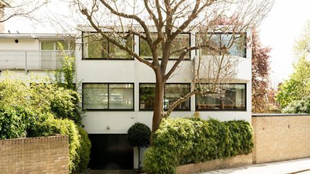 The house on Belsize lane has fantastic dual aspect windows that flood the property with natural lig
