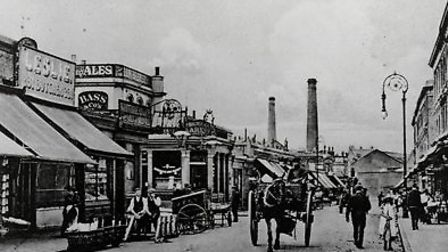Well Street in1905. (Picture: Hackney Archives).