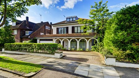 This Hampstead Garden Suburb home has a touch of the med about it