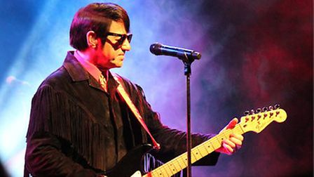 Barry Steele and Friends will tell the 'Roy Orbison Story' at the Marina Theatre on November 18. Pic
