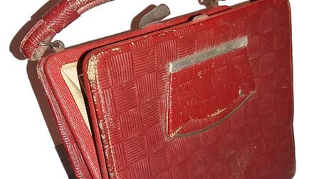 Blanca Stern's bag, which she was carrying when she escaped from the Nazis on Kinder transport. (Pic