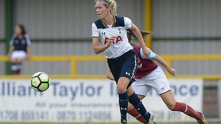 Wendy Martin of Spurs Ladies in action against West Ham. Pic: wusphotography.com
