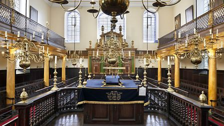 A picture of Bevis Marks Synagogue from London Uncovered