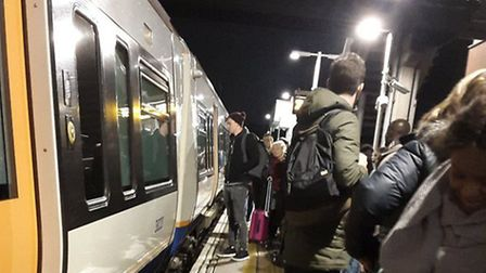 Passengers were evacuated after a firework was thrown into the Overground carriage. (Photo: @AnaBilc