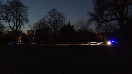 Victoria park taped off (on Friday) and #mps attending Photo: @LundunFeeldz