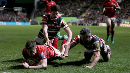 Saracens' Owen Farrell scores his try at Leicester on New Year's Day. Picture: PA