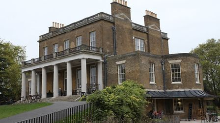 Clissold House, in Clissold Park