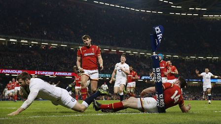 England's Elliot Daly's scores their winning try during the RBS 6 Nations match against Wales. Pictu
