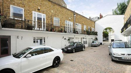 Steeles Mews South, Belsize Park, London NW3, £4,117 pcm, Greene and Co