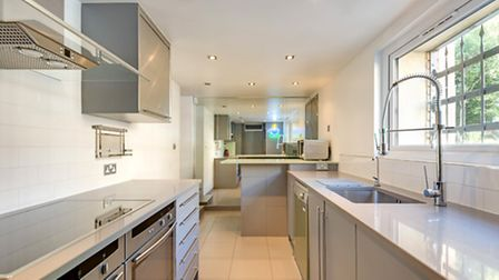 Meadowbank, Primrose Hill, NW3, �1,495 pw (�6,478 pcm), Goldschmidt and Howland, 020 7043 4433