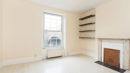 53 Kentish Town Road, NW1, �399,995