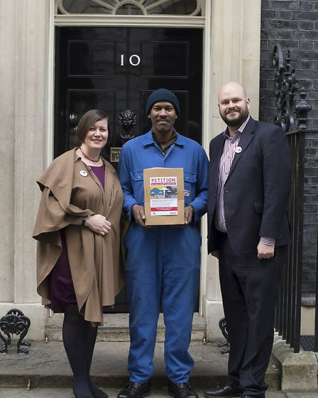 Meg Hillier MP, Len Maloney, Philip Glanville handing in the rates petition at 10 Downing Street