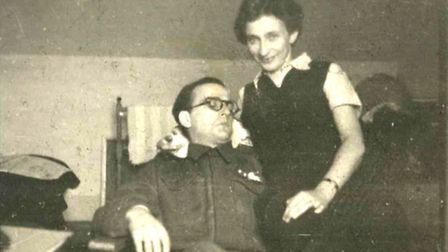 Stefan and Franciszka Thermerson reunited in London, 1942