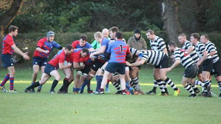 Old Streetonians stayed top of the Herts Middlesex One table after a 29-10 win over Royston
