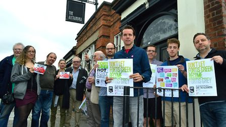 Locals campaigning to re-open The Alexandra pub on Fortis Green in 2014. Pictured centre, Cllr Patri