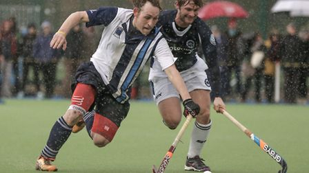 Hampstead & westminster's Richard Alexander takes on GBs Ashley Jackson of East Grinstead. Picture: