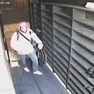 A CCTV still image of the man police would like to speak to. (Photo: Met Police)