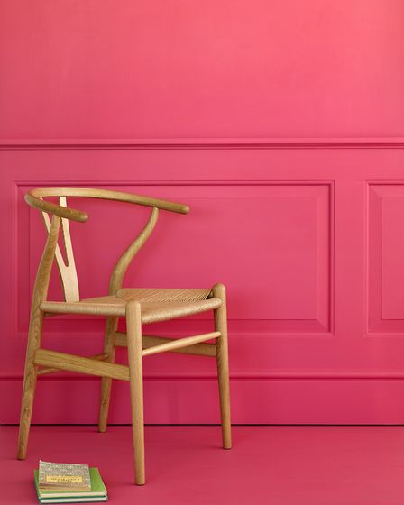 FTT-06, pretty in pink; a colour for Bridget?
