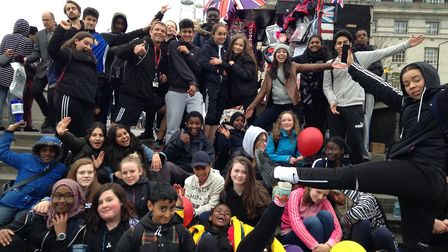 Heartlands Primary School students completed a 26-mile wall along the River Thames earlier this mont