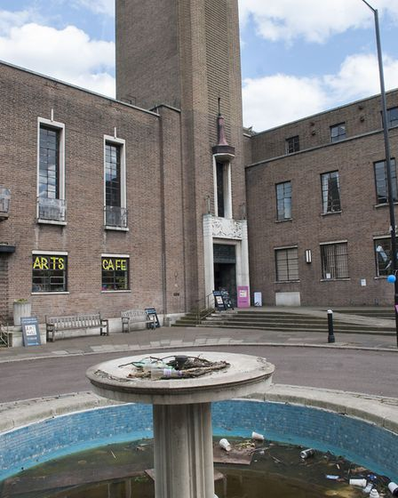 Designed by Reginald Uren and completed in 1935, Hornsey Town Hall was used as the old borough counc