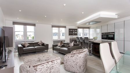 Cleveland Square, W2, �1,750,000, Goldschmidt and Howland, 020 7100 6868