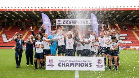 Tottenham Ladies celebrate winning their play-off match with Blackburn Rovers (pic: wusphotography.c