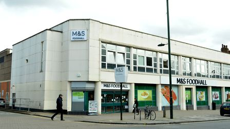 Having a Marks and Spencer close by commands price premiums of £29,992 more than homes further afiel
