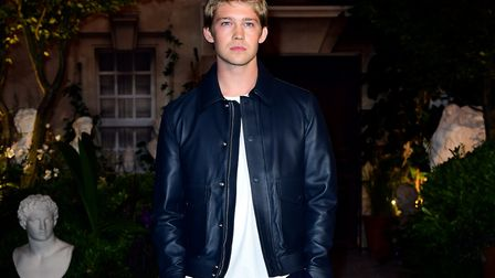 Joe Alwyn attended the National Youth Theatre in Holloway and grew up in his family home in Crouch E