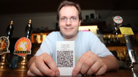 The Pembury Tavern owner Stephen Early is first to introduce the bitcoin payment method in an UK pub