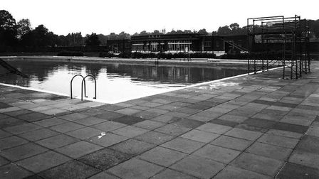 A picture of the Parliament Hill Lido in 1976