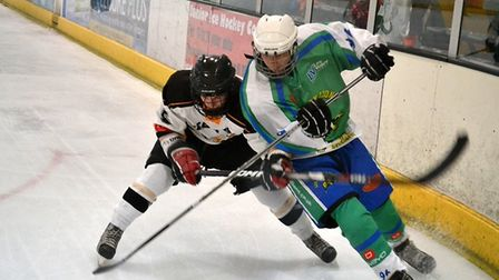 Michael Crosse in action for Lee Valley Lions in 2012/13 (pic Simon Crosse)
