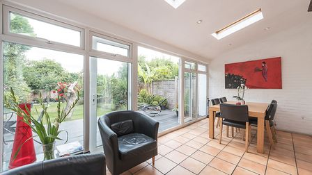 Halliwick Road, Muswell HIll, N10, �950,000