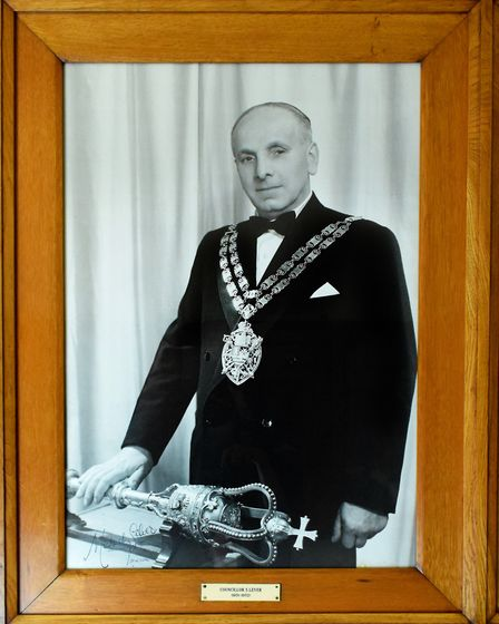 Cllr S Lever, 1951-52